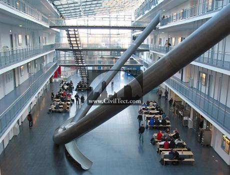 سرسره بجای پله در دانشگاه!