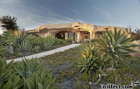 خانه ی فلینتستونها در مالیبو – معماری نامنظم
