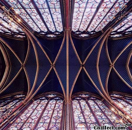 Sainte-Chappelle در پاریس فرانسه