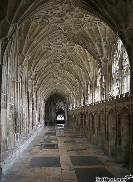 صومعه کلیسای جامع گلاستر در انگلیس - زیباترین سقفهای قوسی دنیا