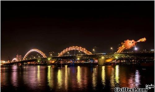 پلی به شکل اژدها که آتش از دهانش می افکند!
