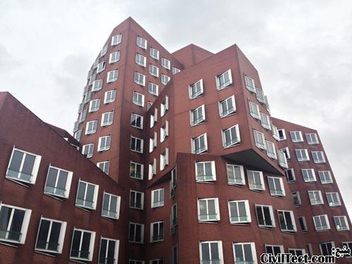ساختمانهای  Neuer Zollhof فرانک گهری دوسلدورف
