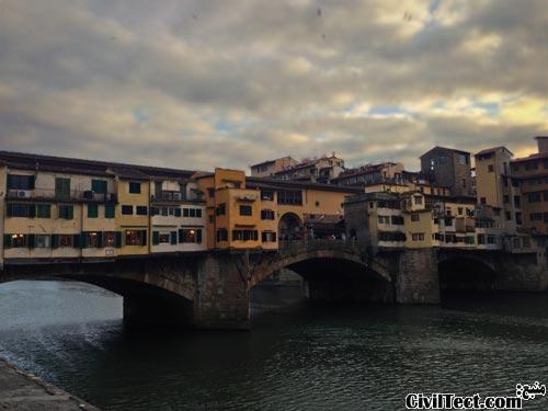 پل پنت وچیو (Ponte Vecchio)