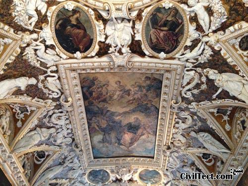 معماری داخلی کاخ دوجه ونیز