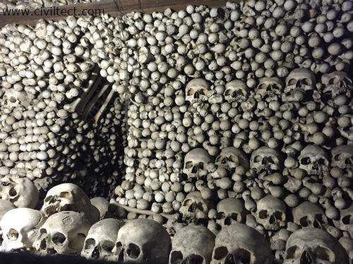 کلیسا استخوانی
